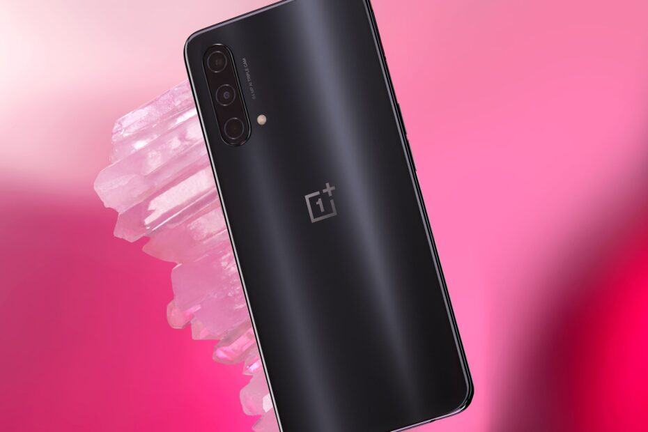 OnePlus Nord 2 design leaks, and feels a little familiar