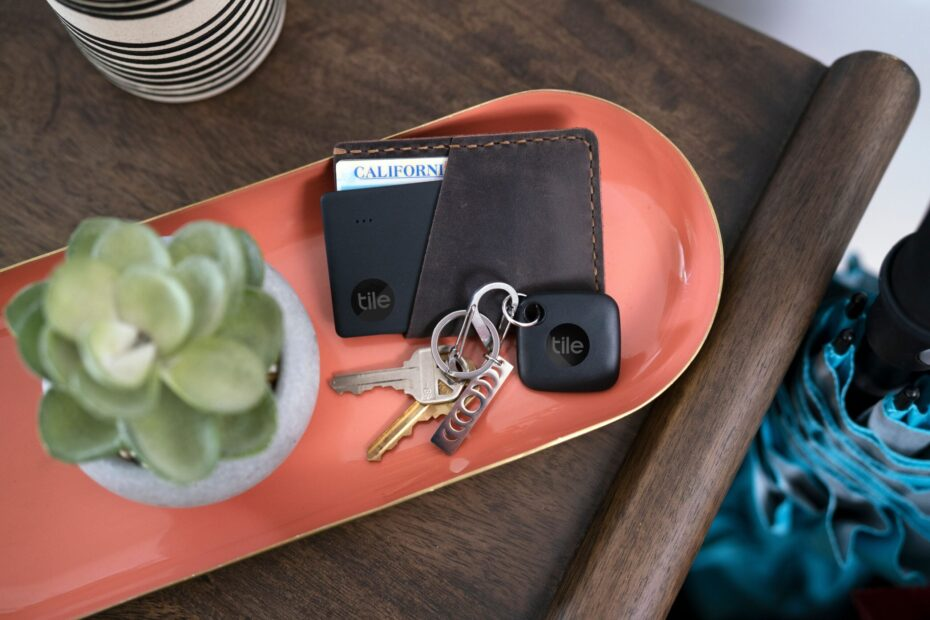 Tile's new tracker has the tech to rival Apple's AirTag